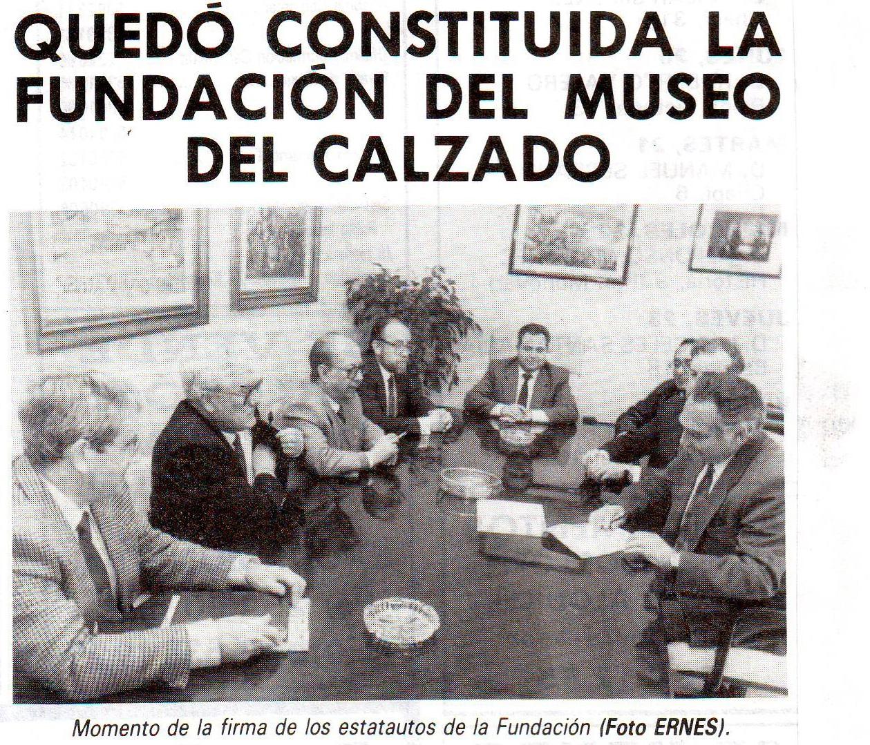 Firma de la constitución del Museo del Calzado.